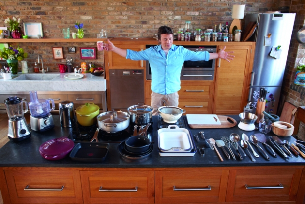What do TV chefs' kitchens tell us about them? – Little Paris Kitchen with Ra # A Cozinha Simples De Jamie Oliver