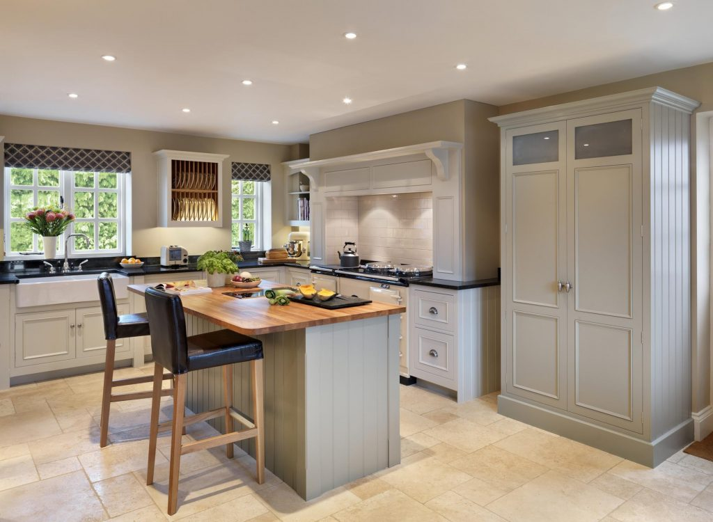 Harvey Jones Kitchens - Painted Shaker 2