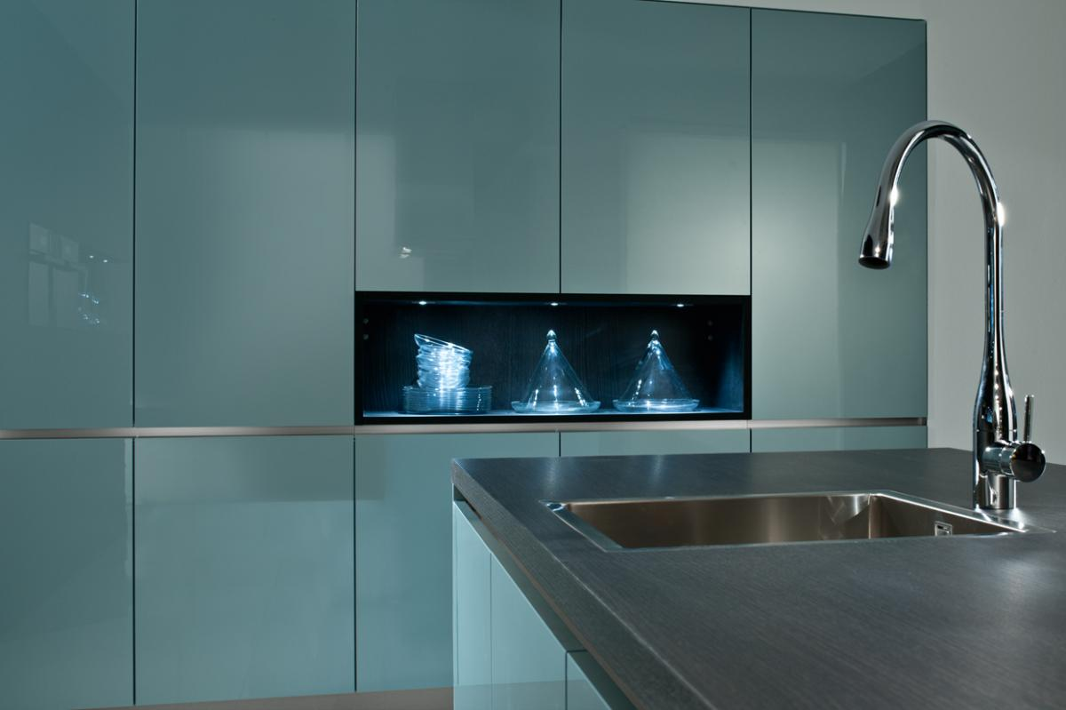 Beautiful Kitchens, lets talk Hi-Gloss finishes... - Kitchens ...