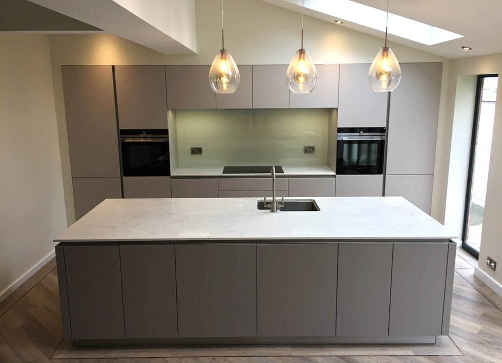 Schuller sand grey and truffle brown biella real german for German kitchens