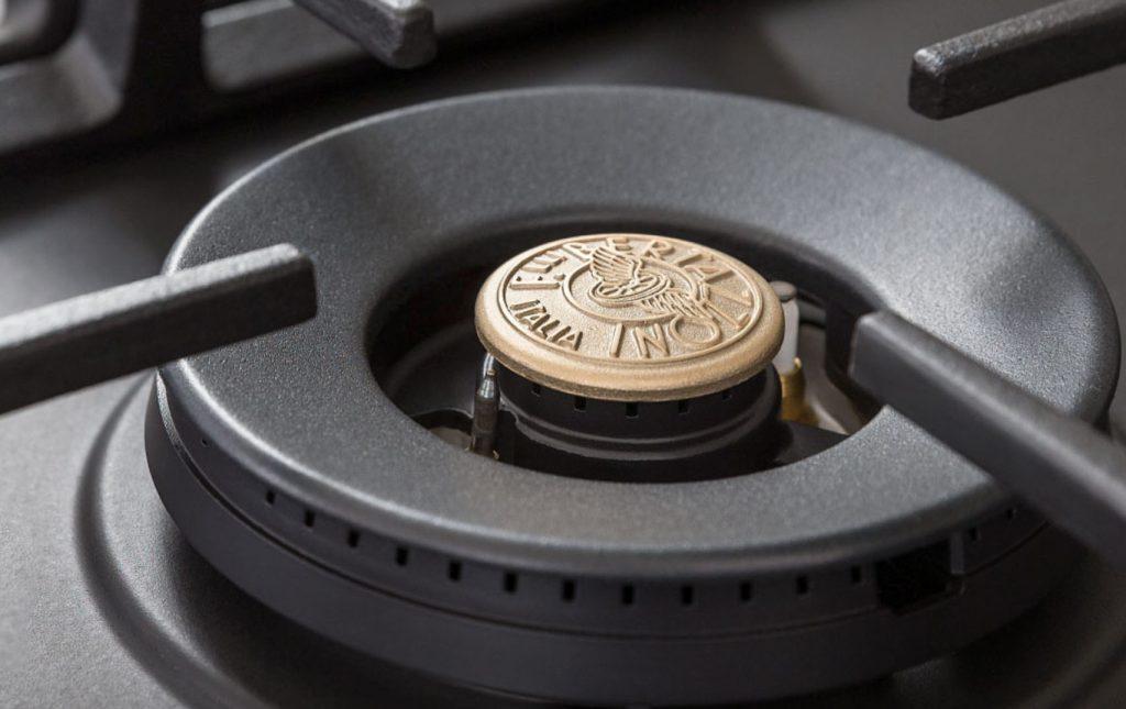 Bertazzoni Kitchen Appliances 5 ring hob with Wok